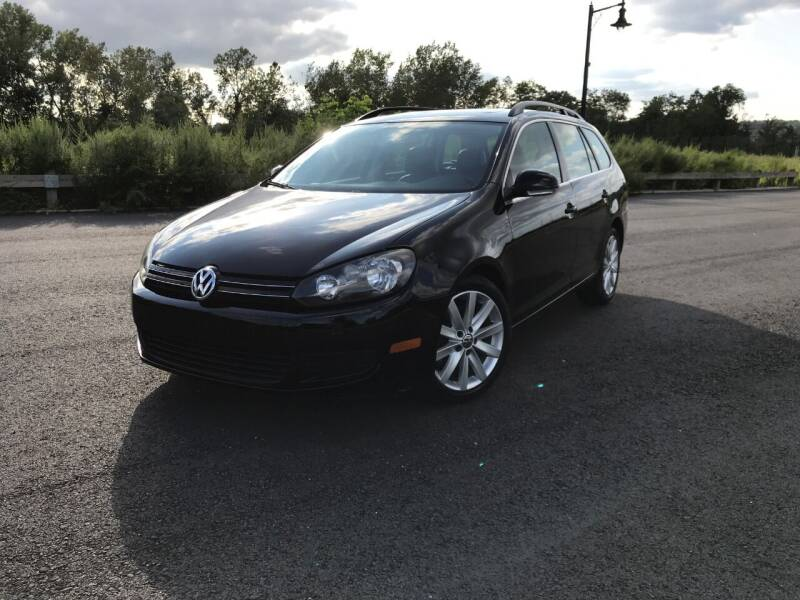 2011 Volkswagen Jetta for sale at CLIFTON COLFAX AUTO MALL in Clifton NJ