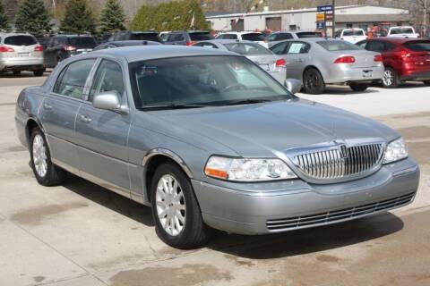 2006 Lincoln Town Car for sale at Sandusky Auto Sales in Sandusky MI