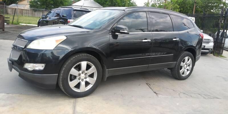 2011 Chevrolet Traverse for sale at AUTOTEX FINANCIAL in San Antonio TX