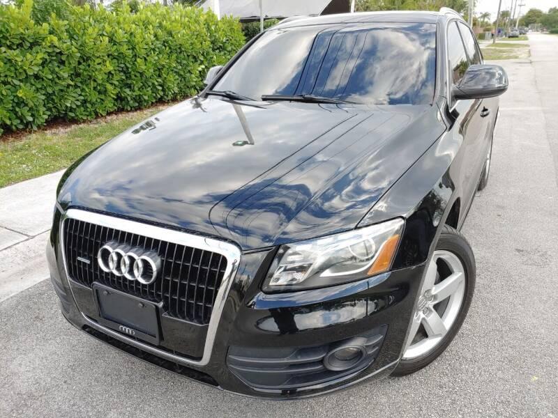 2010 Audi Q5 for sale at Easy Finance Motors in West Park FL