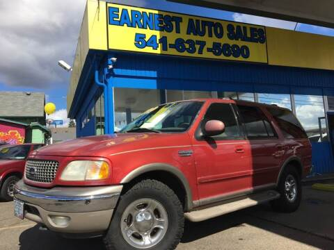 2000 Ford Expedition for sale at Earnest Auto Sales in Roseburg OR