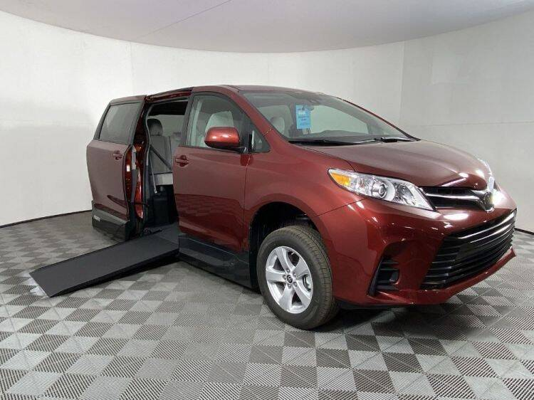 2020 Toyota Sienna for sale in Pearland, TX