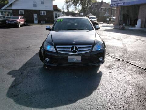 2009 Mercedes-Benz C-Class for sale at DTH FINANCE LLC in Toledo OH