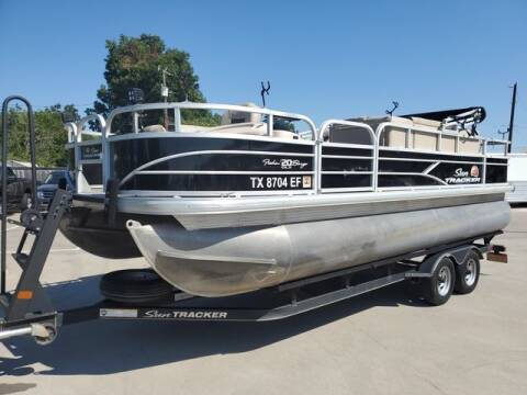 2018 Tracker FISHIN BARGE 20 DLX for sale at Kell Auto Sales, Inc in Wichita Falls TX