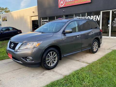 2015 Nissan Pathfinder for sale at HOUSE OF CARS CT in Meriden CT