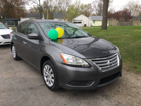 2015 Nissan Sentra for sale at Antique Motors in Plymouth IN