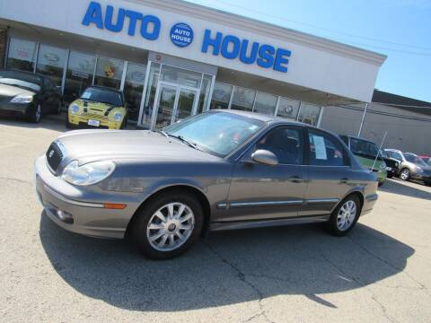 2004 Hyundai Sonata for sale at Auto House Motors in Downers Grove IL