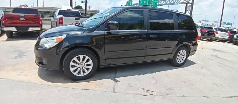 2012 Volkswagen Routan for sale at AUTOTEX FINANCIAL in San Antonio TX