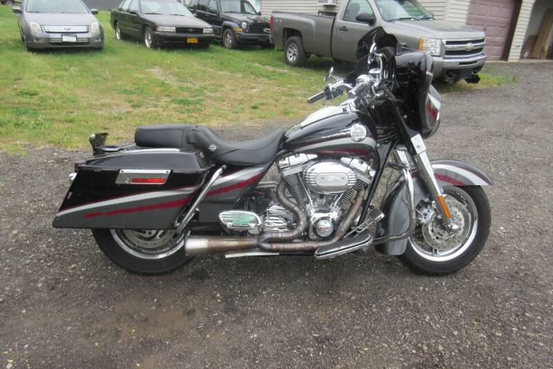 2006 Harley-Davidson ELERTRA GLIDE S/E for sale at Clearwater Motor Car in Jamestown NY