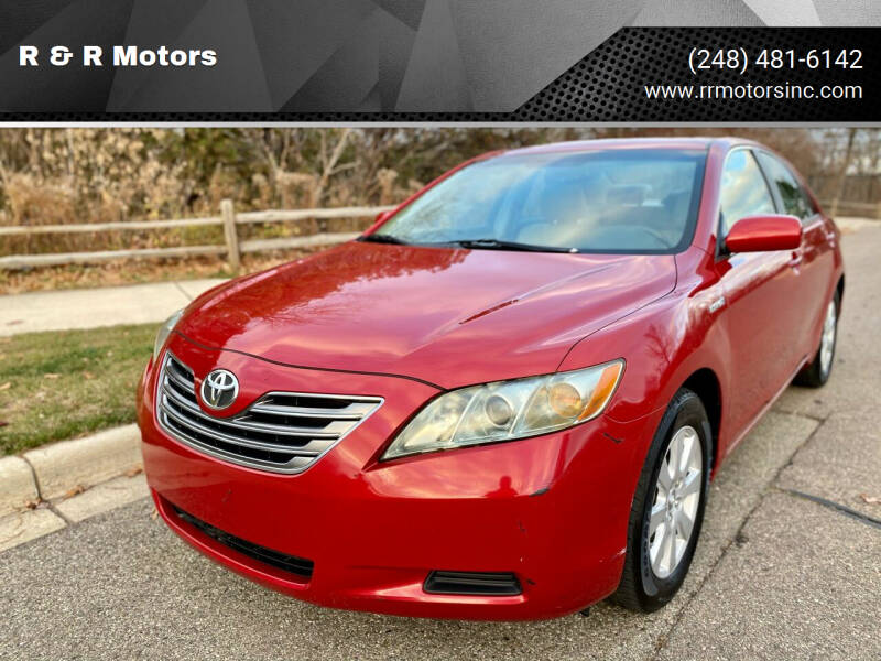 2009 Toyota Camry Hybrid for sale at R & R Motors in Waterford MI