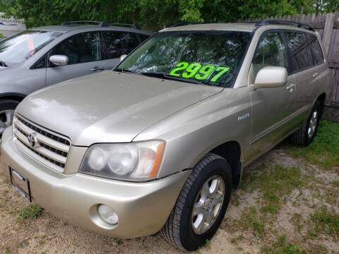 2001 Toyota Highlander for sale at Northwoods Auto & Truck Sales in Machesney Park IL