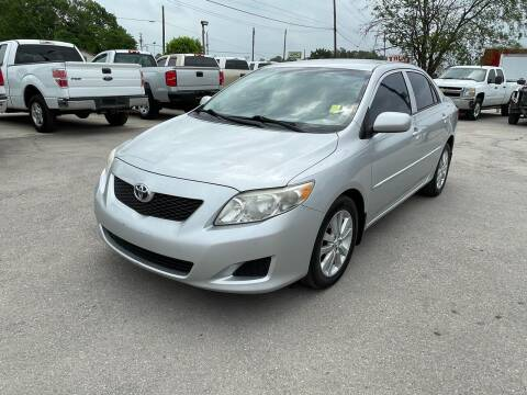 2009 Toyota Corolla for sale at RODRIGUEZ MOTORS CO. in Houston TX