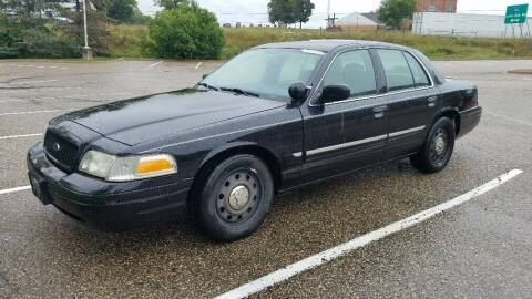 2009 Ford Crown Victoria for sale at Capital Fleet  & Remarketing  Auto Finance in Columbia Heights MN