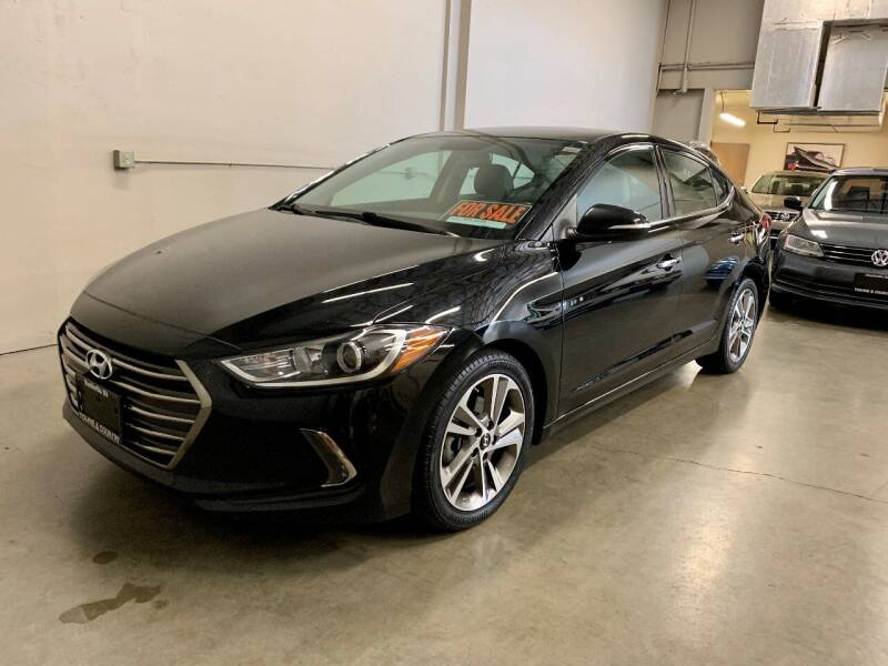 2017 Hyundai Elantra for sale at TOWNE AND COUNTRY MOTORS in Woodinville WA