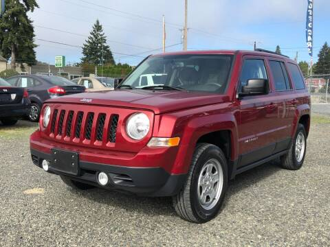 2014 Jeep Patriot for sale at A & V AUTO SALES LLC in Marysville WA