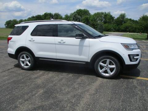 2016 Ford Explorer for sale at Crossroads Used Cars Inc. in Tremont IL
