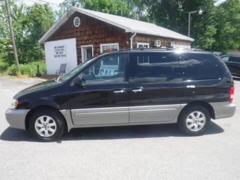 2005 Kia Sedona for sale at Trade Zone Auto Sales in Hampton NJ