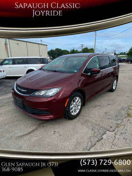 2017 Chrysler Pacifica for sale at Sapaugh Classic Joyride in Salem MO