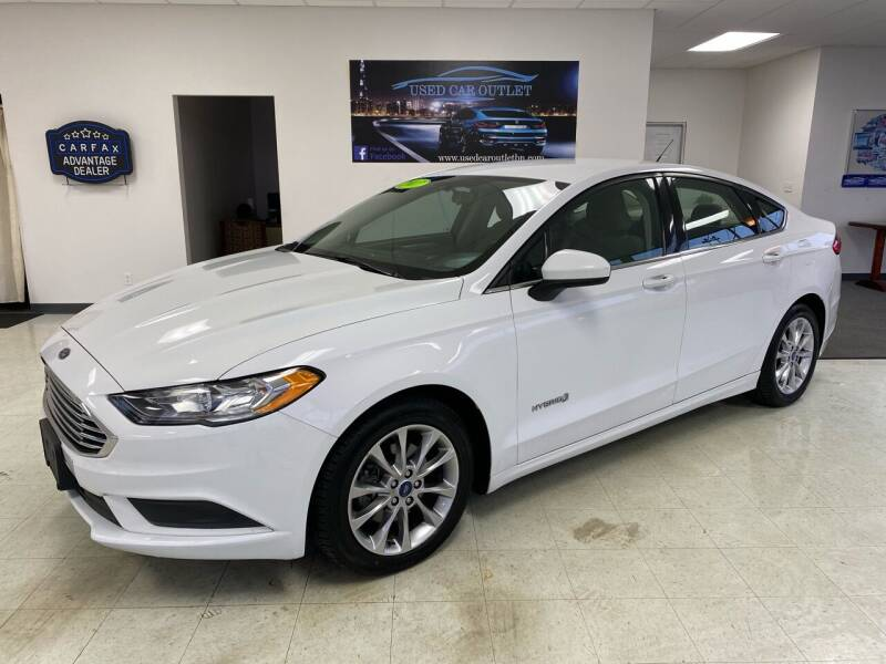2017 Ford Fusion Hybrid for sale at Used Car Outlet in Bloomington IL