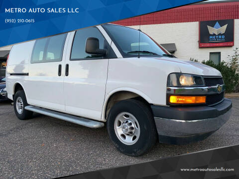 2019 Chevrolet Express Cargo for sale at METRO AUTO SALES LLC in Blaine MN