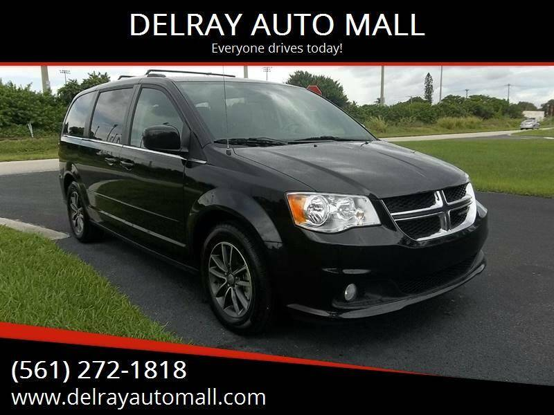 2017 Dodge Grand Caravan for sale at DELRAY AUTO MALL in Delray Beach FL