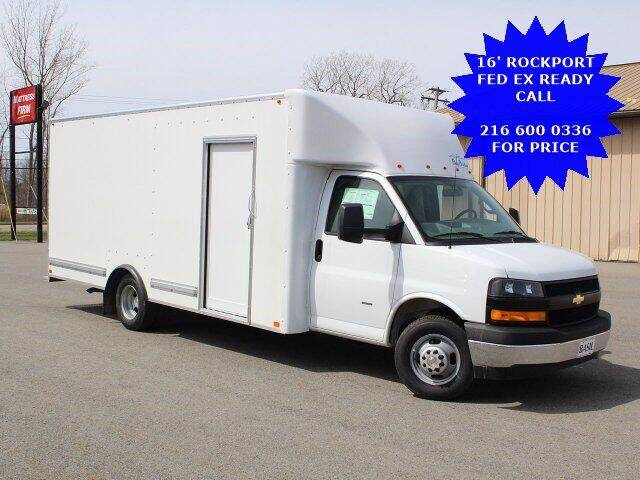 2021 Chevrolet Express Cutaway for sale in Elyria, OH