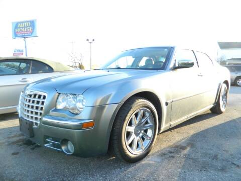 2006 Chrysler 300 for sale at Auto House Of Fort Wayne in Fort Wayne IN