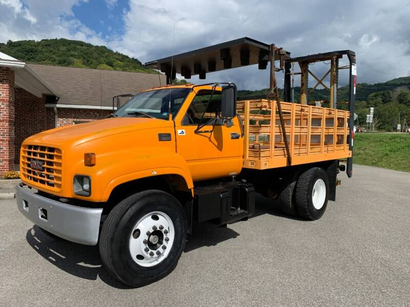 2002 GMC C7500 for sale at Henderson Truck & Equipment Inc. in Harman WV