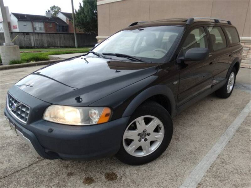 2005 Volvo XC70 for sale at Abe Motors in Houston TX