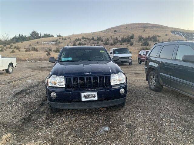 2006 Jeep Grand Cherokee Laredo 4dr SUV 4WD w/ Front Side Airbags - Chamberlain SD