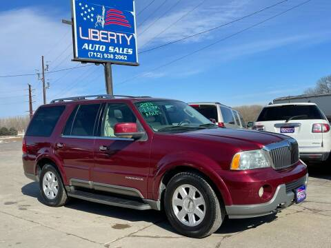 2004 Lincoln Navigator for sale at Liberty Auto Sales in Merrill IA