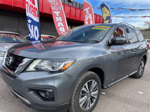 2019 Nissan Pathfinder for sale at Duke City Auto LLC in Gallup NM