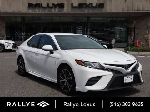 2018 Toyota Camry for sale at RALLYE LEXUS in Glen Cove NY