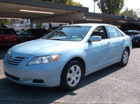 2009 Toyota Camry for sale at Eastside Motor Company in Kirkland WA