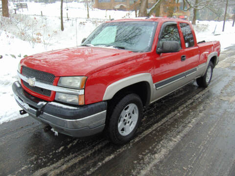 2005 Chevrolet Silverado 1500 for sale at Lakewood Auto in Waterbury CT