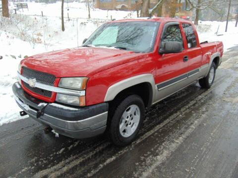 2005 Chevrolet Silverado 1500 for sale at Lakewood Auto in Waterbury CT