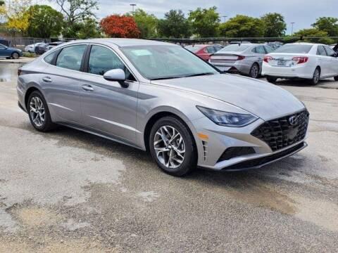 2021 Hyundai Sonata for sale at DORAL HYUNDAI in Doral FL