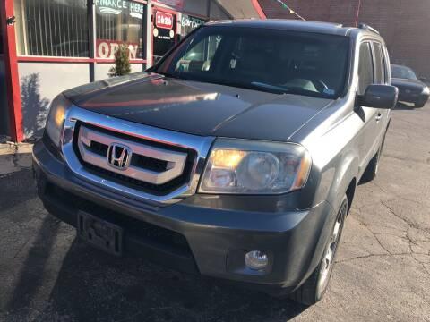 2011 Honda Pilot for sale at Best Deal Motors in Saint Charles MO
