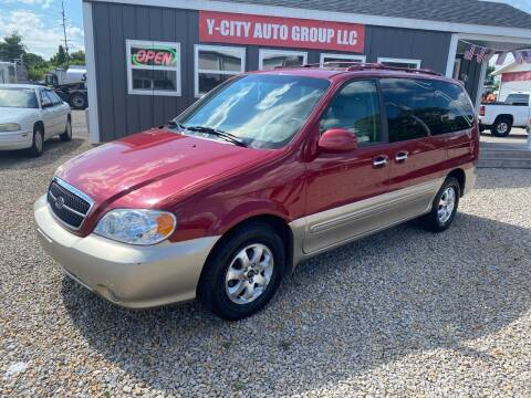 2004 Kia Sedona for sale at Y City Auto Group in Zanesville OH