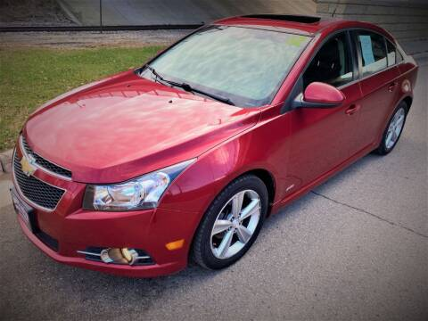 2012 Chevrolet Cruze for sale at Apple Auto in La Crescent MN