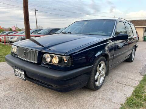 1995 Volvo 850 for sale at Texas Select Autos LLC in Mckinney TX