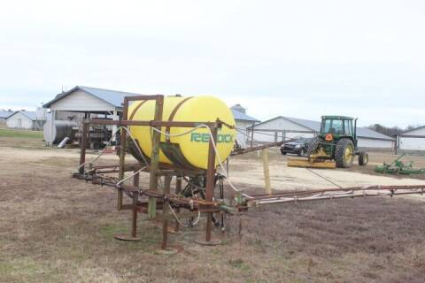 2014 Reddick Sprayer for sale at Vehicle Network - Suttontown Repair Service in Faison NC