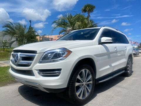 2015 Mercedes-Benz GL-Class for sale at GCR MOTORSPORTS in Hollywood FL