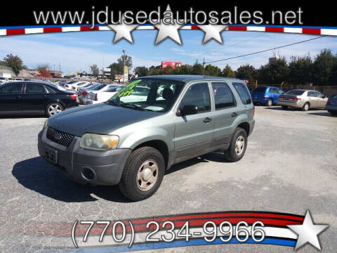 2005 Ford Escape for sale at J D USED AUTO SALES INC in Doraville GA