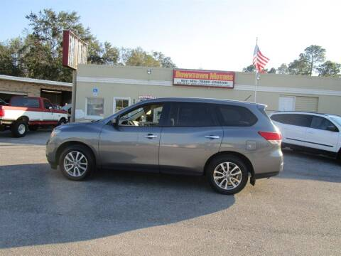 2015 Nissan Pathfinder for sale at DERIK HARE in Milton FL