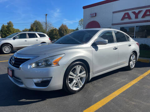 2013 Nissan Altima for sale at Ayala Auto Sales in Aurora IL