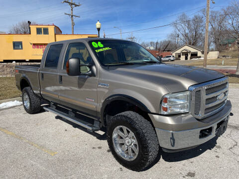 2006 Ford F-250 Super Duty for sale at Midwest Motors 215 Inc. in Bonner Springs KS