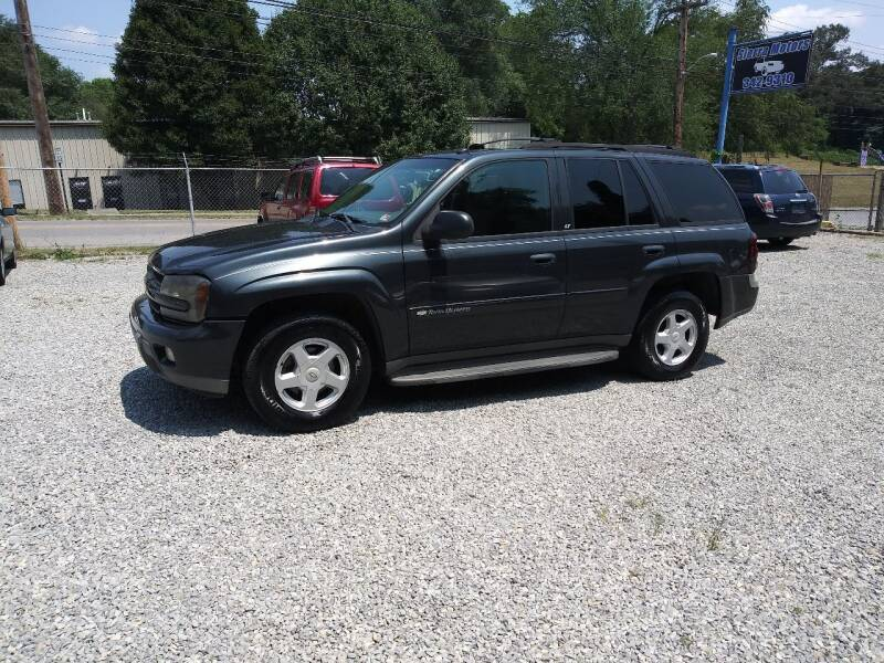 2004 Chevrolet TrailBlazer for sale at Sierra Motors in Roanoke VA