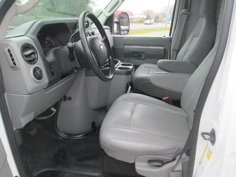 2014 Ford E-Series Cargo E-350 SD 3dr Cargo Van - Levittown PA