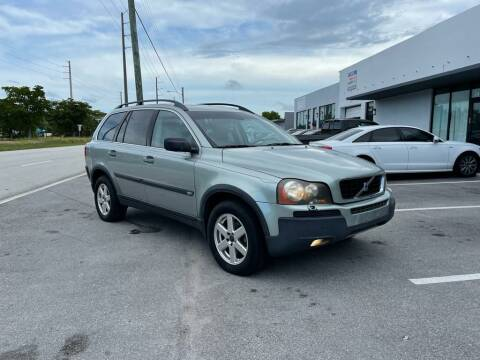 2004 Volvo XC90 for sale at UNITED AUTO BROKERS in Hollywood FL